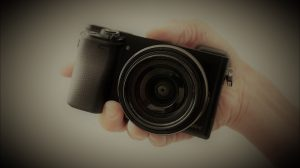 【APS-Cミラーレス一眼】旅カメラとして機動性と画質を考えたら最強か!?